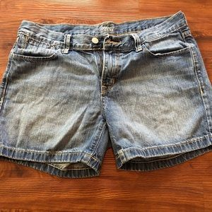 Old Navy Flirt Jean Shorts